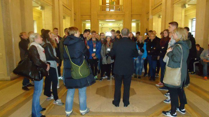 Belfast City Walking Tours & Coach Guiding Services