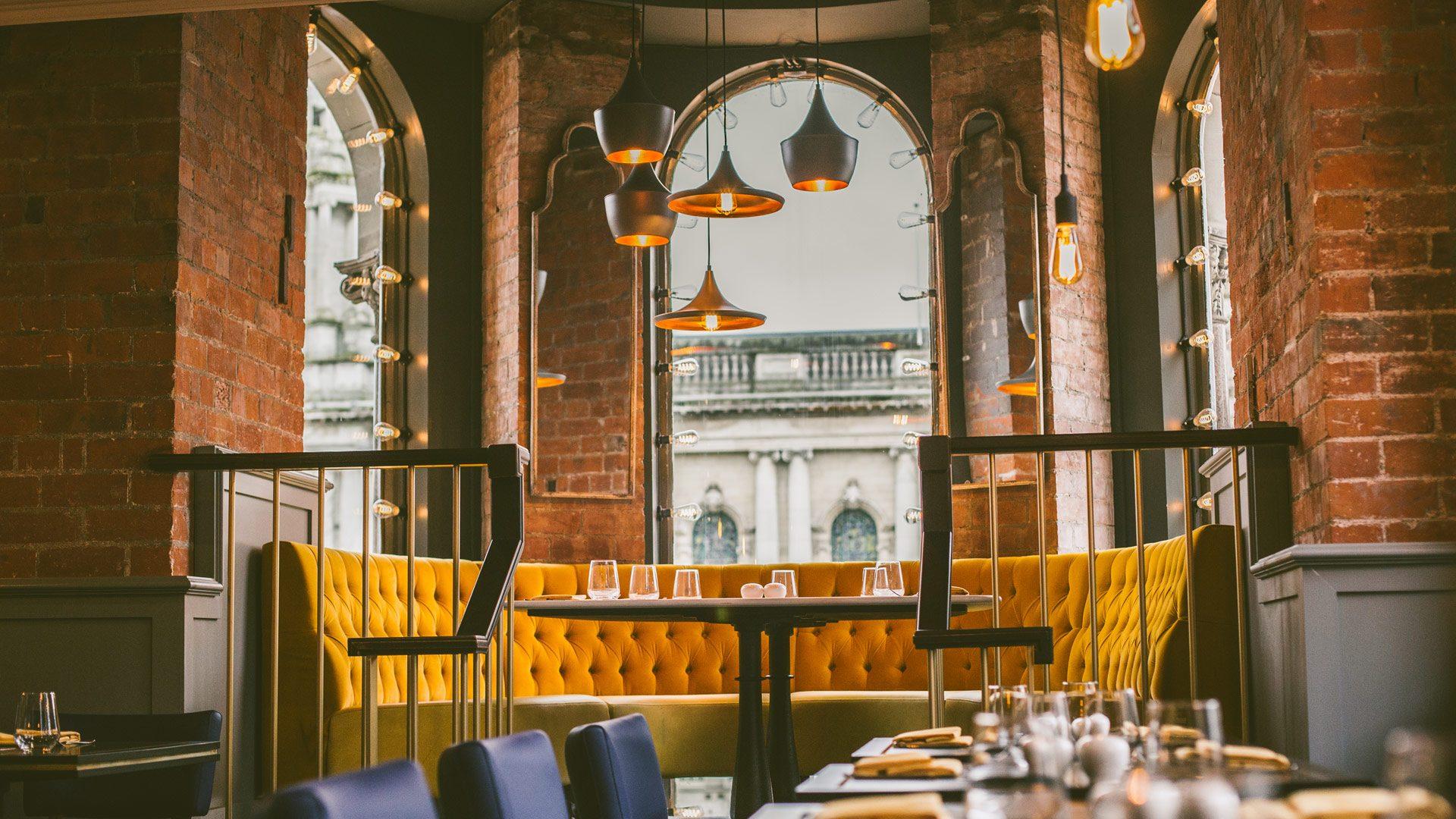 Café Parisien   Cruise Belfast