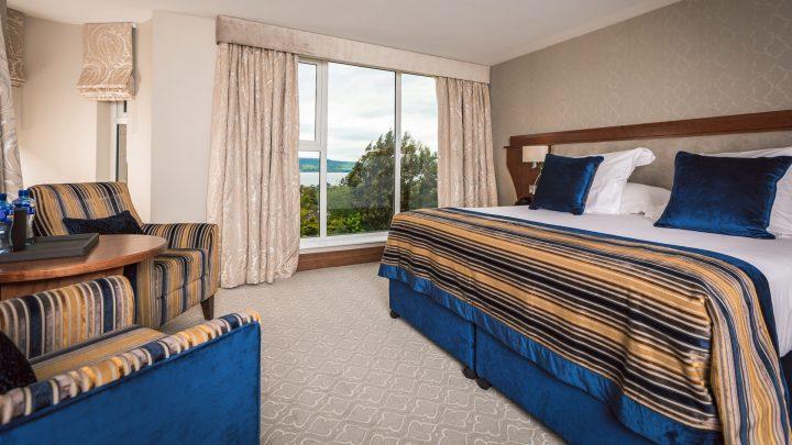 Culloden Hotel bedroom