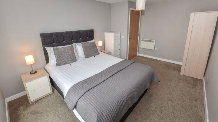 Dream Apartments Belfast Double Bedroom