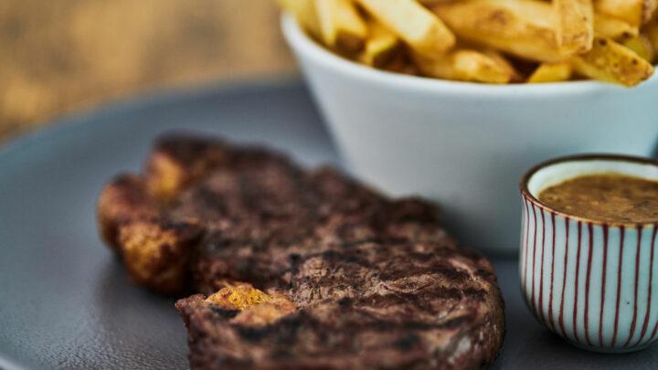 Home Restaurant Steak Chips New
