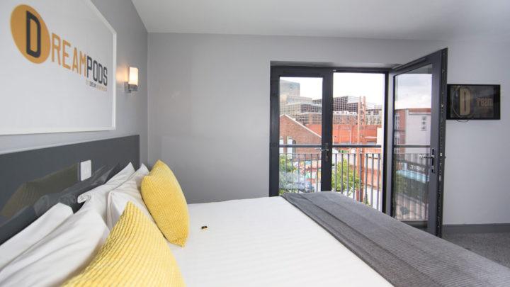 Dream Pod Apartments7